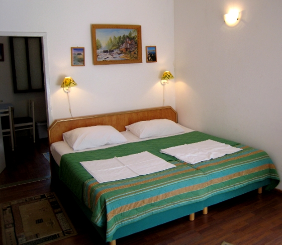 Apartment & Room Kujačić