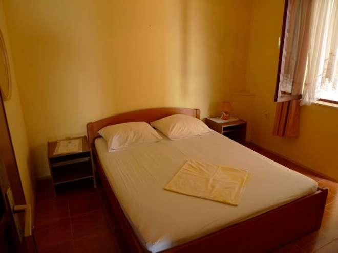 Apartments Komaić