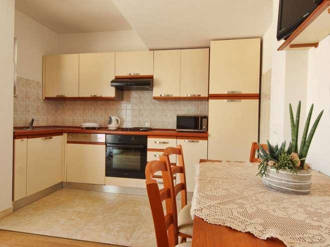 Anuška Apartments