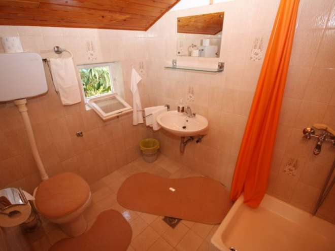 Accommodation Pave