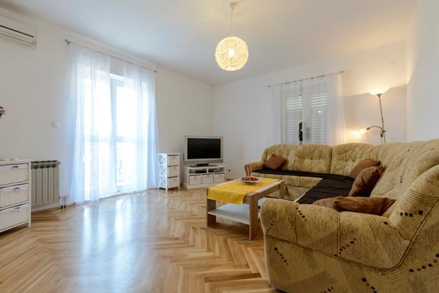 Apartment Maslać