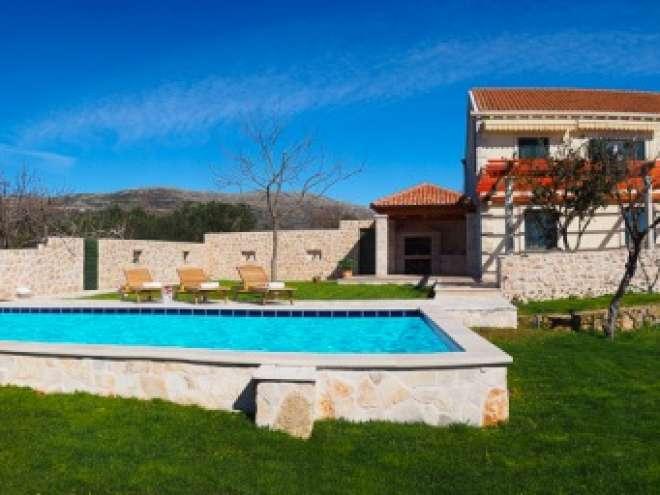 Villa Antonija