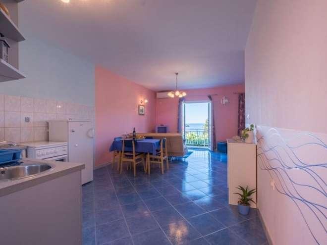 Apartments Saulan