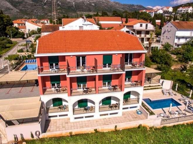 Apartments Villa Luka's